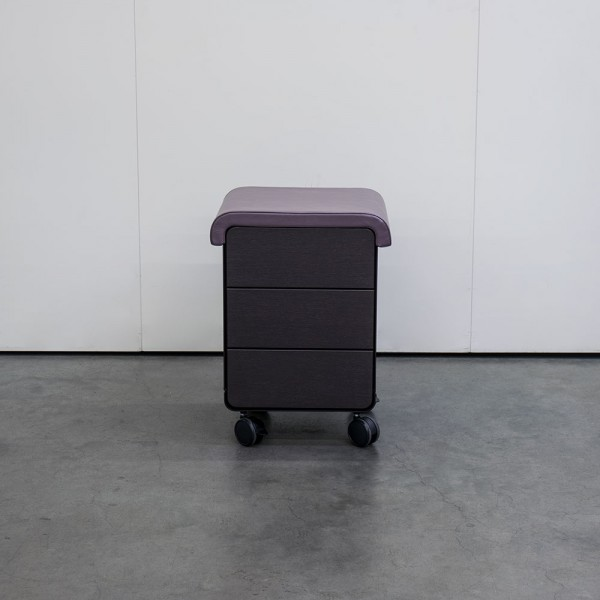 Gerätewagen Pedicart mit Sitzpolster choco, Wenge, Ausstellungsstück T35